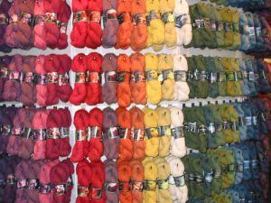 natürlich gefärbte Garne von Shilasdair